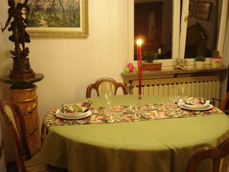 Strisce da tavolo la scelta giusta variata sul design for Tavolo natalizio